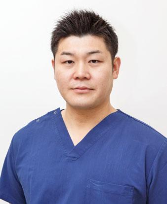 東 洋平 歯科医師 ひがしデンタルクリニック 院長